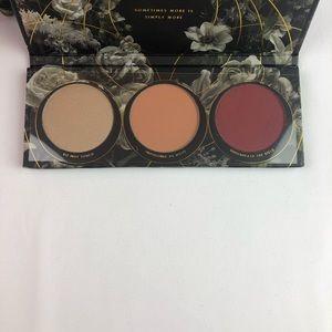 Zoeva Opulence blush trio palette